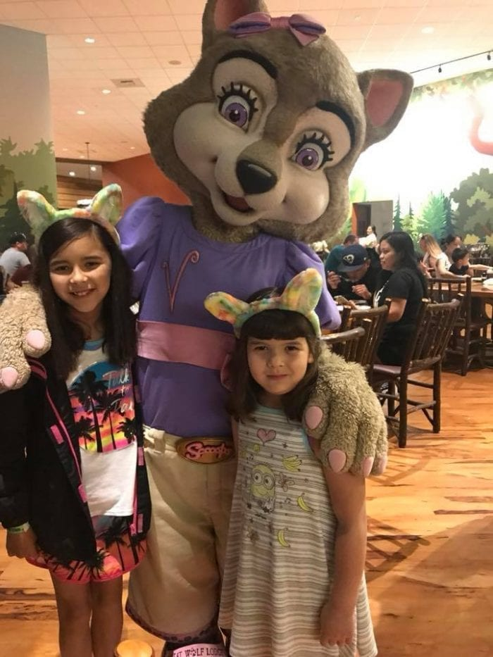 With Violet at Character Breakfast